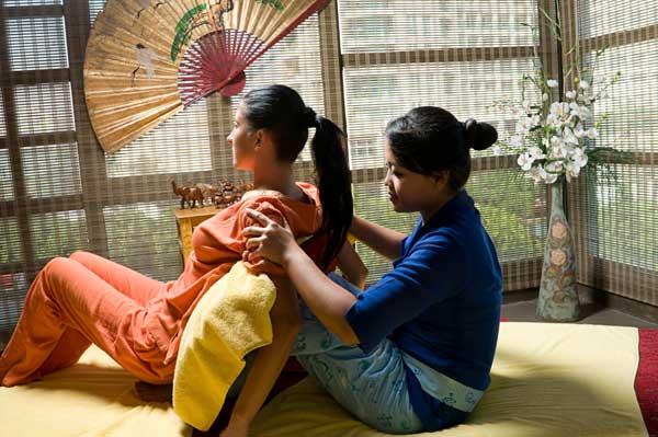 Thailand Visa - Thai Massage Photo 3