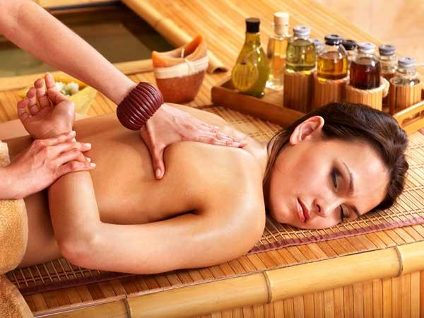 Thailand Visa - Thai Massage Photo 4